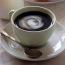 黑咖啡的苦澀使有些人感到無法入口,為了增加滑順口感,奶精就此而生。 奶精也成為咖啡店裡必備的 […]