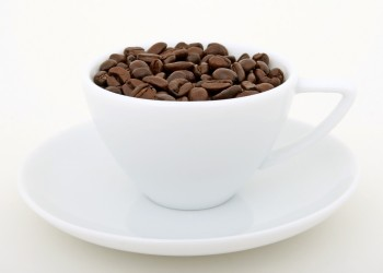 coffee_beans_cup_1097234_37161042-e1307151058170