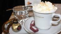 甜蜜的巧克力融合咖啡,微苦、微酸的滋味都被融化了,只剩下最終的甜蜜。美式維也納咖啡所含的糖分 […]